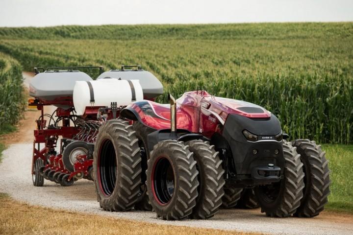 Primer tractor completamente autonomo de CNH